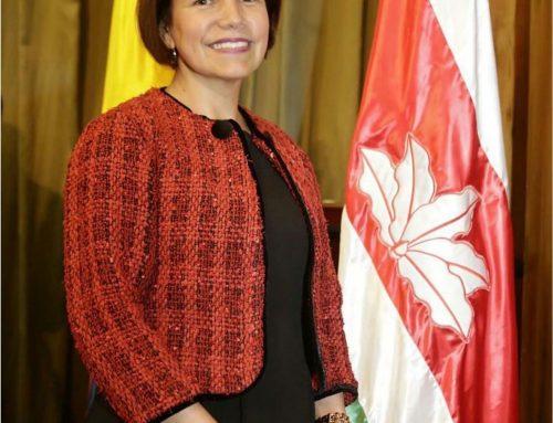 Biografía de conferencista: Dra. MARÍA INÉS ÁLVAREZ BURGOS